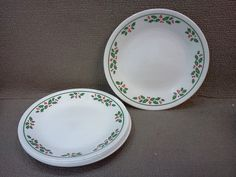 Set of Vintage Corelle Winter Holly Christmas Dishes | Vintage dishes