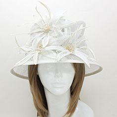222239 / Bauble Bead Sinamay Straw Hat