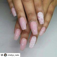 @Regrann from @nailsbenails -  #Repost @chellys_nails with @repostapp  Hand painted nail art! #nails #nailsinorlando #nailsinkissimmee #nailpro #nailart #nailjunkies #nailartaddict #nailporn #nailprodigy #exoticnails #nailjunkies #nailartaddict #glitternails #cutenails #greatnails #nailsofinstagram #handpaintednailart #gelnails #vetrousa