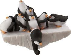 Penguin Stocking Holder. This is so cute. I have been looking for a good one for a long time.