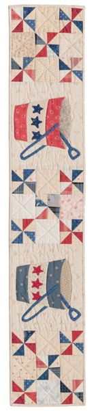 Sand Pails quilt row designed by Laurie Simpson of Minick and Simpson Strip Quilts, Blue Quilts, Quilt Blocks, Quilting Projects, Quilting Designs, Quilting Ideas, Patriotic Quilts, Patriotic Crafts, Beach Themed Quilts
