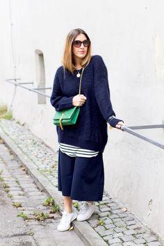 black palms fashion mode into blue 4