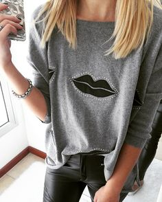Sweater Kiss y pantalón engomado. #Canchero #Casual