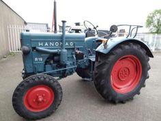 Hanomag tractor type ; r 19 bouwjaar ; 1955 5 versnellingen high/low [ snelloper] hefinrichting aftak-as nieuwe banden in gerestaureerde staat prijs ; 5950 ,- marge [geen btw] voor inlichtingen