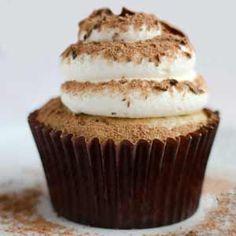 Ideas cupcakes faciles paso a paso Brownie Cupcakes, Kid Cupcakes, Cheesecake Cupcakes, Yummy Cupcakes, Cupcake Cookies, Tiramisu Cupcakes, Köstliche Desserts, Delicious Desserts, Pie Cake