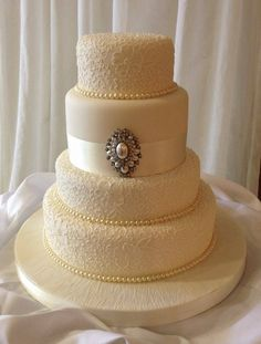 Wedding cake - minus the pendant.