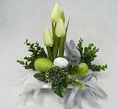Spring, Plants, Home Decor, Flower Arrangements, Create, Easter, Homemade Home Decor, Flora, Plant