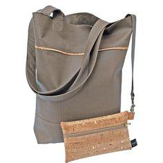 #ledershopper mit schicker Innentasche Backpacks, Bags, Fashion, Clothing Accessories, Laughing, Chic, Handbags, Moda, Fashion Styles
