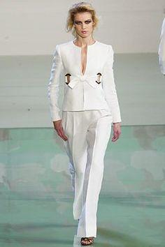 Valentino Spring 2003 Ready-to-Wear Fashion Show - Valentino Garavani, Delfine Bafort (PREMIUM)
