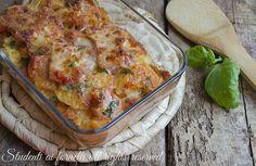 Tortino di patate pomodoro e prosciutto, secondo facile e gustoso con patate lesse, prosciutto cotto, formaggi misti e pomodoro.