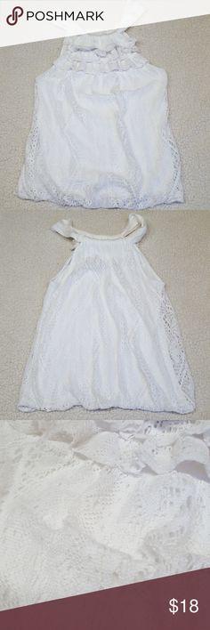 Ella Moss sleeveless white top size XS Ella Moss sleeveless white ruffled lace crochet top size XS Ella Moss Tops