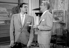 Raymond Burr as Perry Mason and William Hopper as Paul Drake on the Perry Mason show Raymond Burr, Perry Mason, Old Tv Shows, Drake, Interview, Actors, Film, Celebrities, Image Search