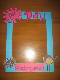 First day of school piacture frame Kinder Doodles First Day Of School Activities, Kindergarten First Day, Kindergarten Classroom, School Classroom, School Fun, School Ideas, Classroom Setup, Classroom Crafts, Classroom Activities
