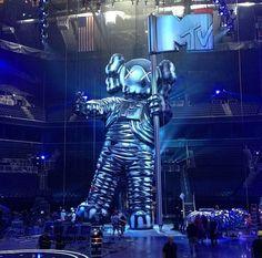 #archives #KAWS #MTV #VMA #2013 #MoonMan