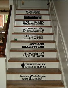 for example with a funny theme for you and your daughter likes. Here are some examples of pictures of decorating a room with a Disney theme. 20 diy disney apartment decorations ideas 20 diy d Frases Disney, Disney Quotes, Disney Theme, Disney Diy, Disney Crafts, Disney Stuff, Disney Movies, Disney Characters, Disney Stairs