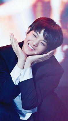 Bae Jin Young (배진영)   wallpaper produce 101 season 2