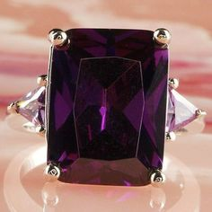 G102: Purple Amethyst Silver Ring, Size 7, Lab created stones