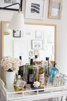 Alaina Kaczmarski's Lincoln Park Apartment Tour #theeverygirl #gallery wall #bar cart