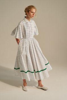Vika Gazinskaya Spring 2017 Ready-to-Wear collection - - Vika Gazinskaya Spring 2017 Ready-to-Wear collection -