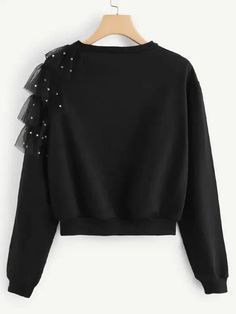 Contrast mesh beaded sweatshirt: Beaded sweatshirt with contrast mesh-Spanish SheIn (Sheinside) The post Contrast mesh beaded sweatshirt-Spanish SheIn (Sheinside) appeared first on Best Cute Outfit ideas. Fashion Details, Look Fashion, Daily Fashion, Hijab Fashion, Kids Fashion, Fashion Dresses, Fashion Design, Do It Yourself Mode, Diy Clothes