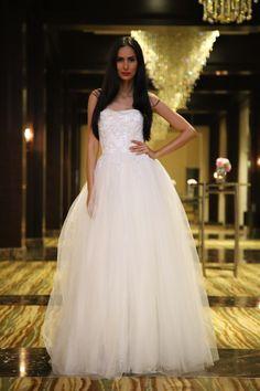 #new #wedding #dress #collection by #fashiondesigner #andreeadogaru #fashionflair #dubai #dubaifashion