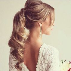 Bridesmaid pony tails for the 2 girls with longer hair
