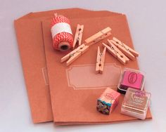 Advent Calendar Tutorial - kraft bitty bags and stamps or mini stickers - blog by pinkfisch.com