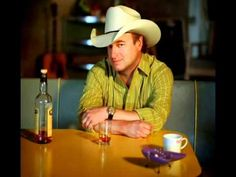 Mark Chesnutt - The Lord Loves the Drinkin' Man Best Country Music, Country Singers, Country Videos, American Country, Love Songs, Sammy Kershaw, Nashville, Trace Adkins, Amber