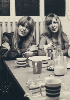The stunning Boyd sisters in Bangor, Wales (1967)
