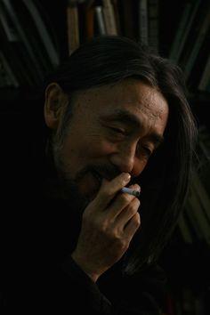 山本耀司の魅力と本質に迫る「画と機 山本耀司・朝倉優佳」が開催