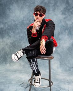 picture day please don't say cheese Beautiful Boys, Pretty Boys, Pretty Much Band, Songs About Fire, Cute Nerd, Brandon Arreaga, Going Solo, Picture Day, Close My Eyes