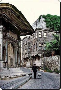 Soğukçeşme sokağı Sultanahmet/1970 ler