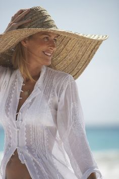 Beach Style with big beach hat {Cool Chic Style Fashion}
