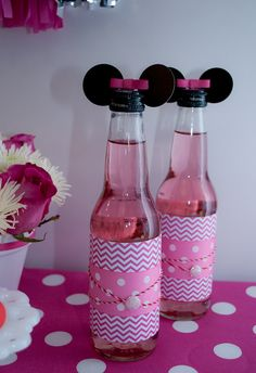 Drinks at a Minnie Mouse Party! Very Cute!!