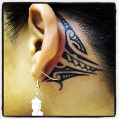 Tribal Tattoo Behind Ear - http://www.lovely-tattoo.com/tribal-tattoo-behind-ear/