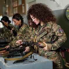 Armenian History, Armenian Culture, Female Fighter, Military Women, Pretty Woman, Army, Female Warriors, Beauty, Beautiful