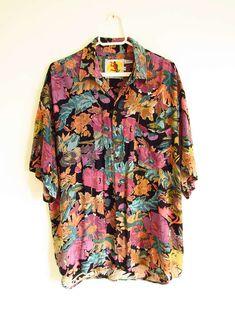 Camisão Vintage Floral Havaiano 'Magnum P.I.' Fashion Moda, 90s Fashion, Womens Fashion, Vintage Outfits, Vintage Fashion, Look Cool, Casual, Ideias Fashion, Cool Outfits
