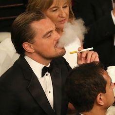 Leo DiCaprio and his electronic cigarette #vape #ecig #celeb @Leonardo Rodrigues Rodrigues DiCaprio http://fogfathers.co.uk