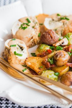 ballotine volaille Elle SG-6 Food Inspiration, Potato Salad, Meat, Chicken, Ethnic Recipes, Nouvel An, Passion, Recipes Dinner, Cooker Recipes