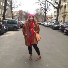 Plus Size Fashion Winter-trends Curvy Street Style, Plus Size Fashion, Fur Coat, Winter Fashion, Jackets, Shopping, Fashion Plus Sizes, Winter Fashion Looks, Down Jackets