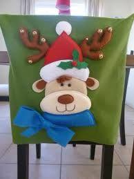 Resultado de imagen para fundas para sillas navideñas Christmas Deco, Christmas Crafts, Xmas, Christmas Ornaments, Chair Covers, Christmas Stockings, Arts And Crafts, Quilts, Holiday Decor