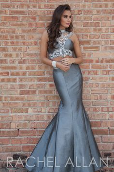 7145 - Two-piece taffeta mermaid with amazing shoulder detail