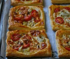 12 Flaky, crispy and buttery pie recipes for when soup just won't do Vegetarian Tart, Vegetarian Recipes, Beef Bourguignon, Savory Tart, Stuffed Sweet Peppers, Pie Recipes, Recipies, Fennel, Quiche