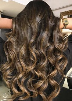 Searching for best hair colors? Don't worry see here the amazing ideas of milk chocolate caramel cream hairstyles and hair colors to sport in 2018. We've rounded up here some best styles of ombre and balayage hair colors for long and medium haircuts for most amazing and cute hair looks. Choose these best hair colors.