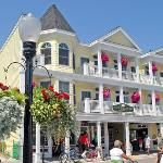 65 Things To Do in Mackinac Island, Michigan - I didn't do EVERYTHING on this list, but I did check many of these off the list!