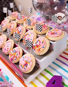 Kara's Party Ideas Wreck-it-Ralph Birthday Party Baby Girl Birthday Theme, Candy Theme Birthday Party, Themed Birthday Cakes, Disney Birthday, 6th Birthday Parties, Candy Party, Halloween Birthday, Birthday Party Decorations, 2nd Birthday
