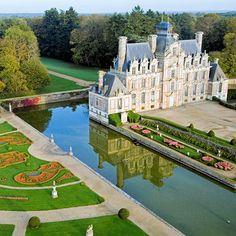 Le château de Beaumesnil                                                                                                                                                                                 Plus