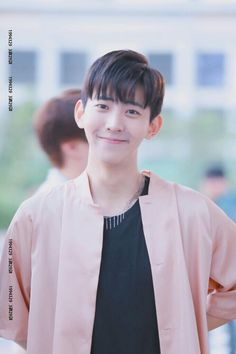 That nervous-looking smile XD   { #ZeHan #LeeSeungMin #VAV #VeryAwesomeVRangers #AQEntertainment #Vampz #Kpop }  ©Twitter