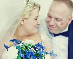 Wedding photos with classic blue bouquet in Red, Oak, Texas Christi S. Photography, Texas Life Style Senior, Children, & Newborn Portrait Photographer   Serving Waxahachie, Dallas Fort Worth Metroplex, and surrounding areas. Galleries