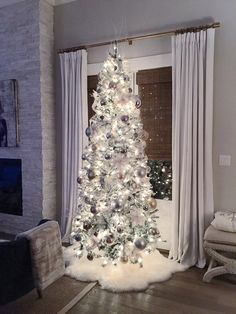 About Christmas And Christmas Crafts On Pinterest White Christmas